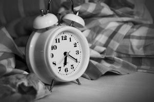Nauka angielskiego online - Angielski Słówka - Blog o języku angielskim - Alarm clock